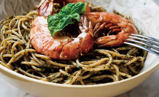 Whole Wheat Spaghetti with Pesto and Garlic Shrimp
