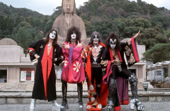(L-R) Ace Frehley, Paul Stanley, Peter Criss and Gene Simmons of KISS at shrine in Kyoto, Japan, March 1977
